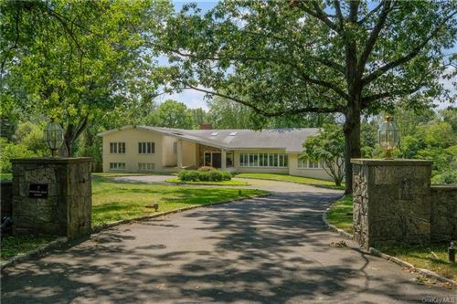 Photo of 7 Sterling Road S, Armonk, NY 10504 (MLS # H6055527)