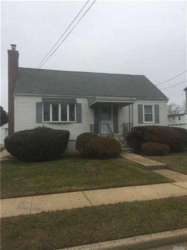 Photo of 5 Plitt Ave, Farmingdale, NY 11735 (MLS # 3184530)