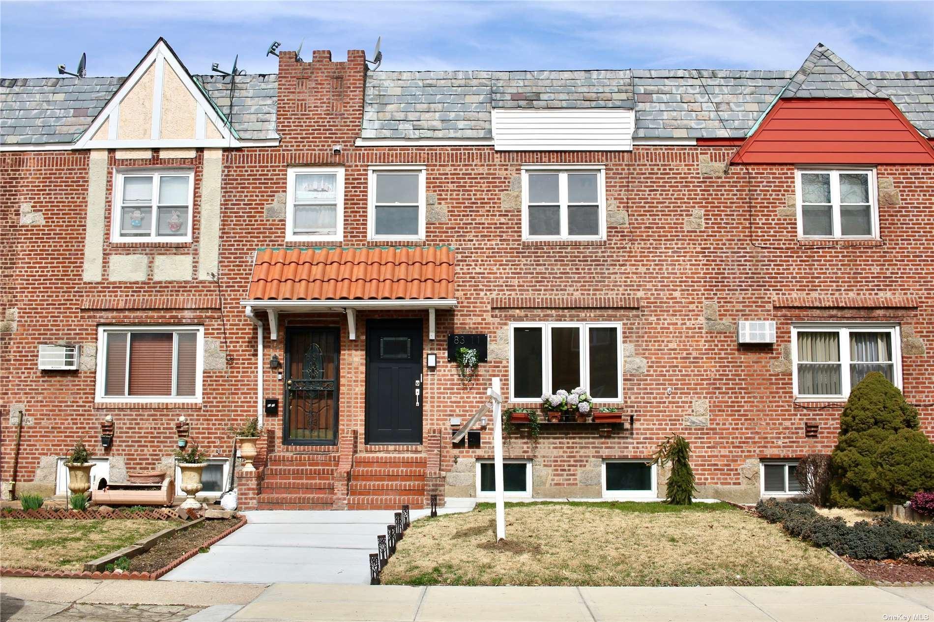 83-11 Doran Avenue, Glendale, NY 11385 - MLS#: 3296530