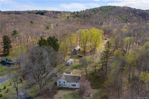 Photo of 318 Slate Quarry Road, Rhinebeck, NY 12572 (MLS # H6108532)