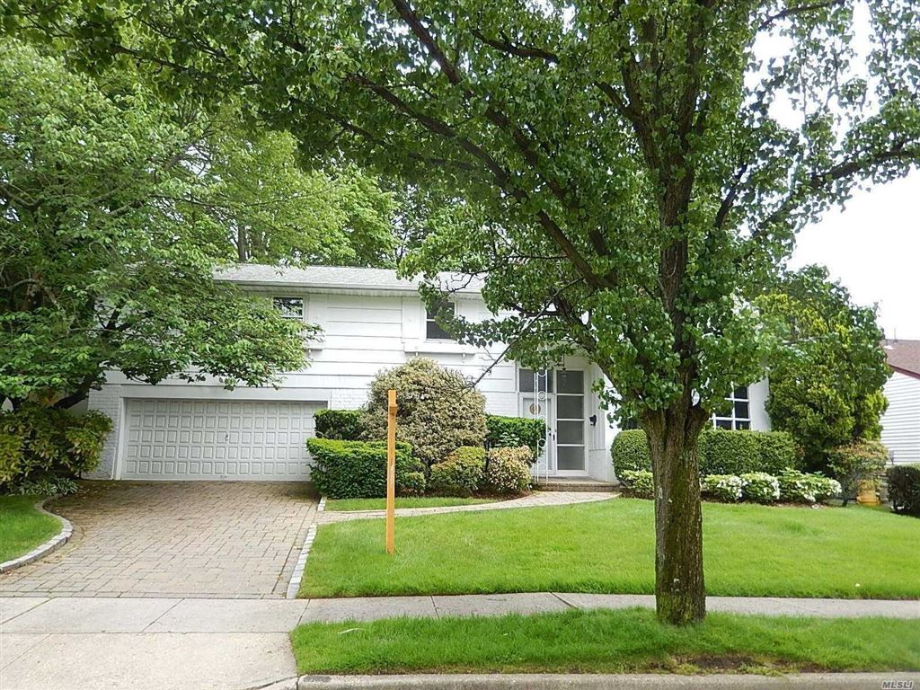 82 Country Drive, Plainview, NY 11803 - MLS#: 3158532