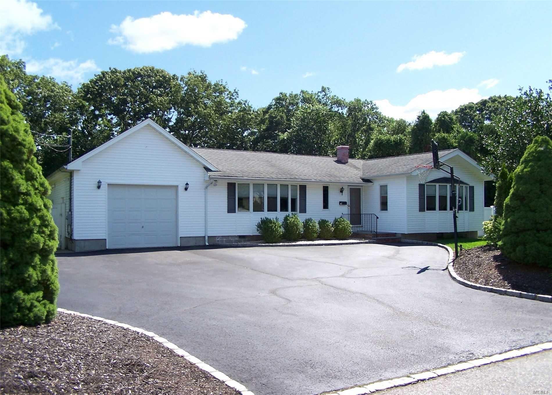92 E Fawn Lane, Brookhaven, NY 11720 - MLS#: 3240534
