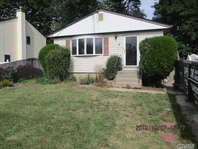 4 Coolidge Avenue, Amityville, NY 11701 - MLS#: 3255536