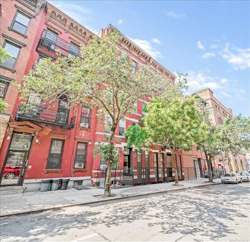Photo of 528 West 46th St, New York, NY 10036 (MLS # 3347538)