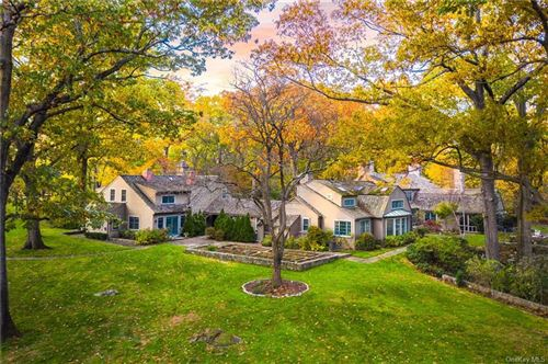 Photo of 1016 Old White Plains Road, Mamaroneck, NY 10543 (MLS # H6080539)