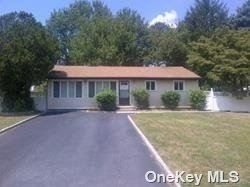 4 Michelle Lane, Brentwood, NY 11717 - MLS#: 3300539