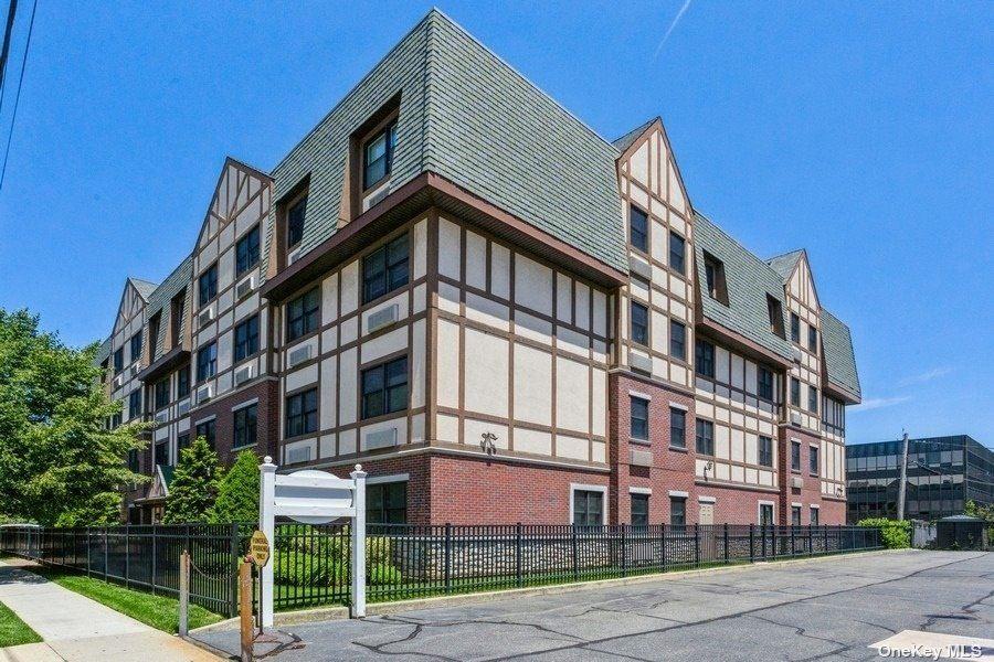 55 Clinton Avenue #208, Rockville Centre, NY 11570 - MLS#: 3328539