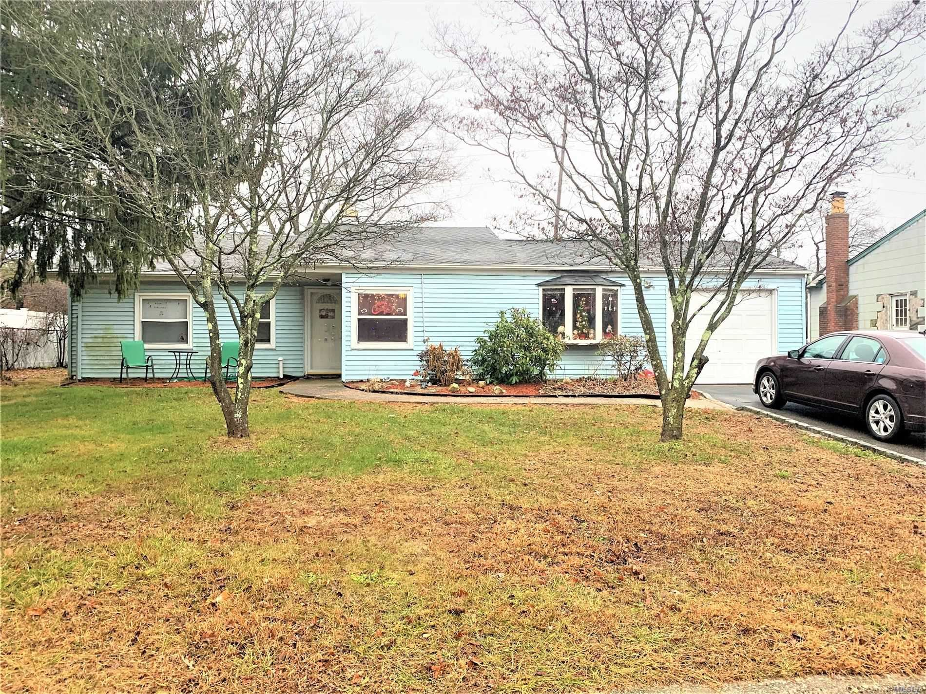 17 Victoria Circle, Patchogue, NY 11772 - MLS#: 3185540