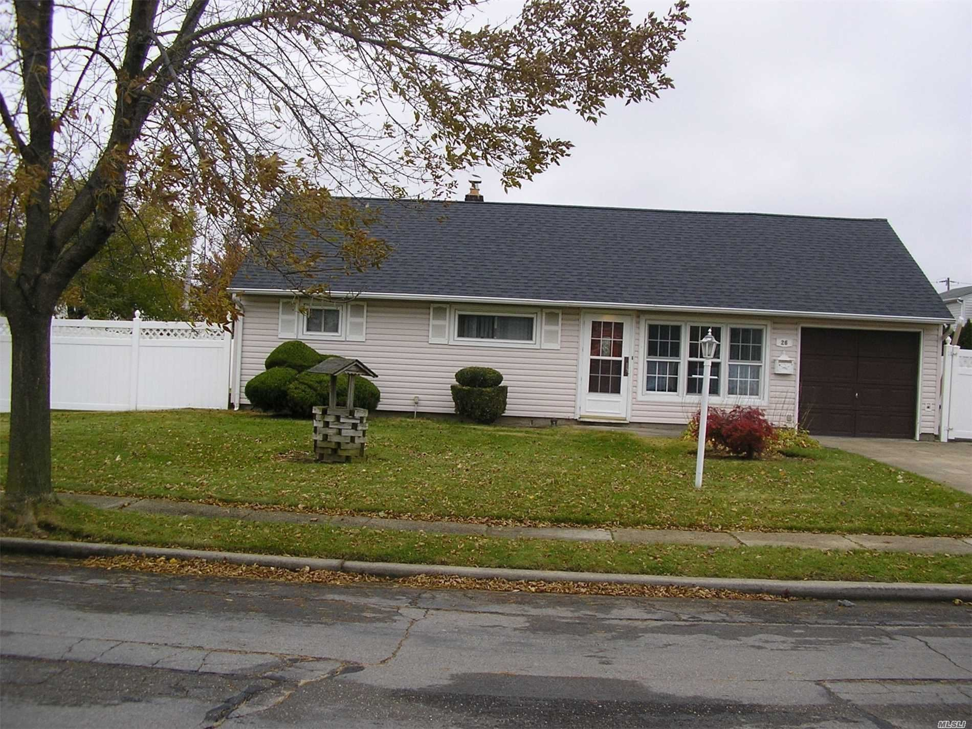 26 Eldorado Boulevard, Plainview, NY 11803 - MLS#: 3228540