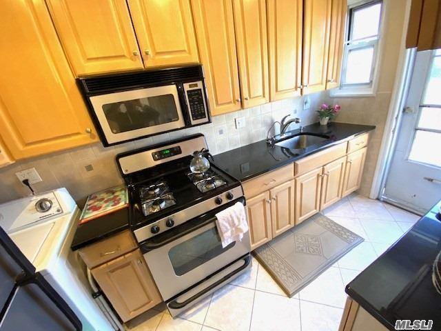 69-18 Springfield Boulevard #Duplex, Bayside, NY 11364 - MLS#: 3226543