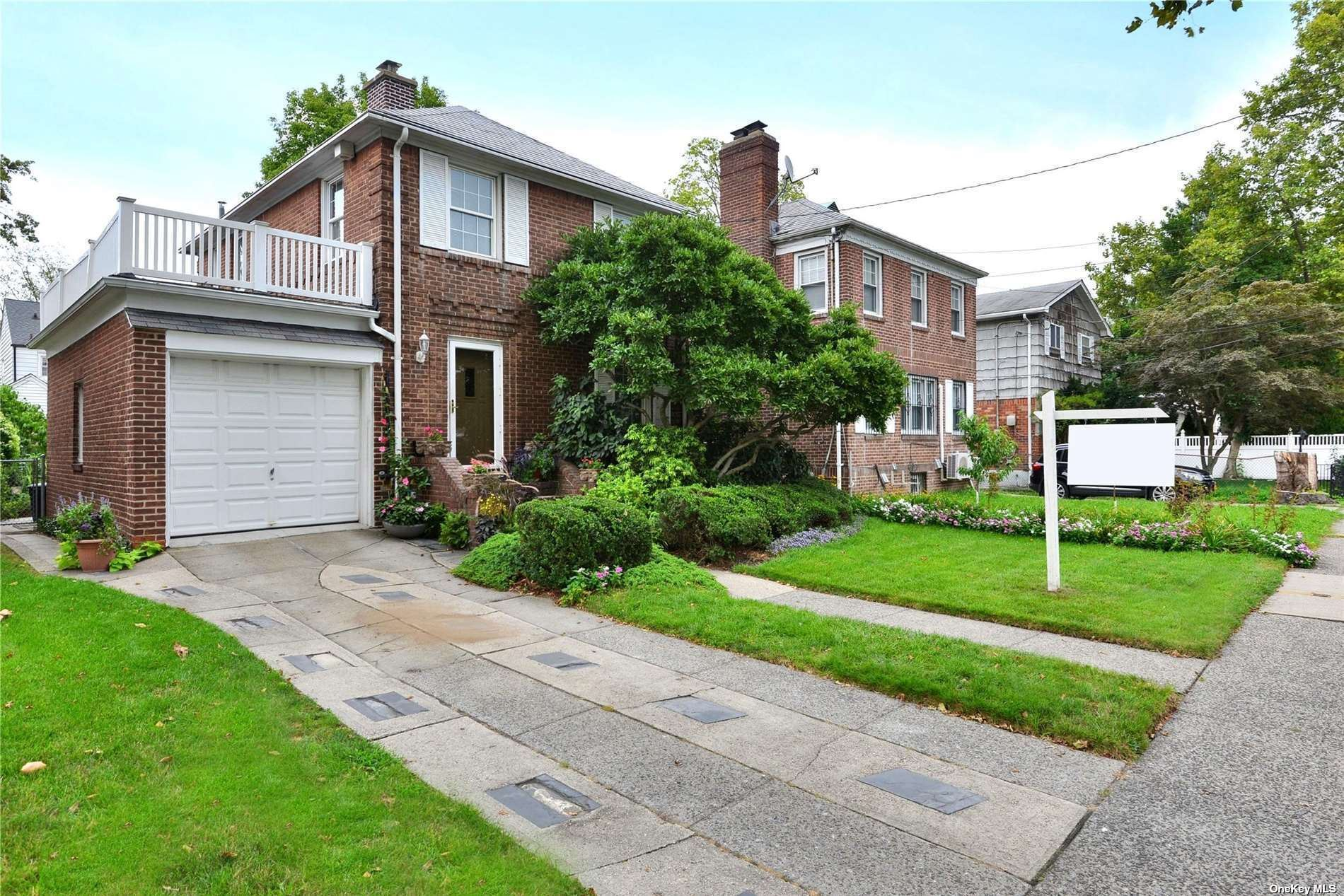 36-29 Clearview Expressway, Bayside, NY 11361 - MLS#: 3317544