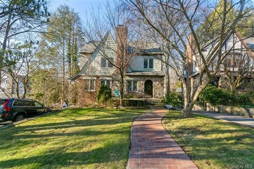 Photo of 93 Caterson Terrace, Hartsdale, NY 10530 (MLS # H6090545)