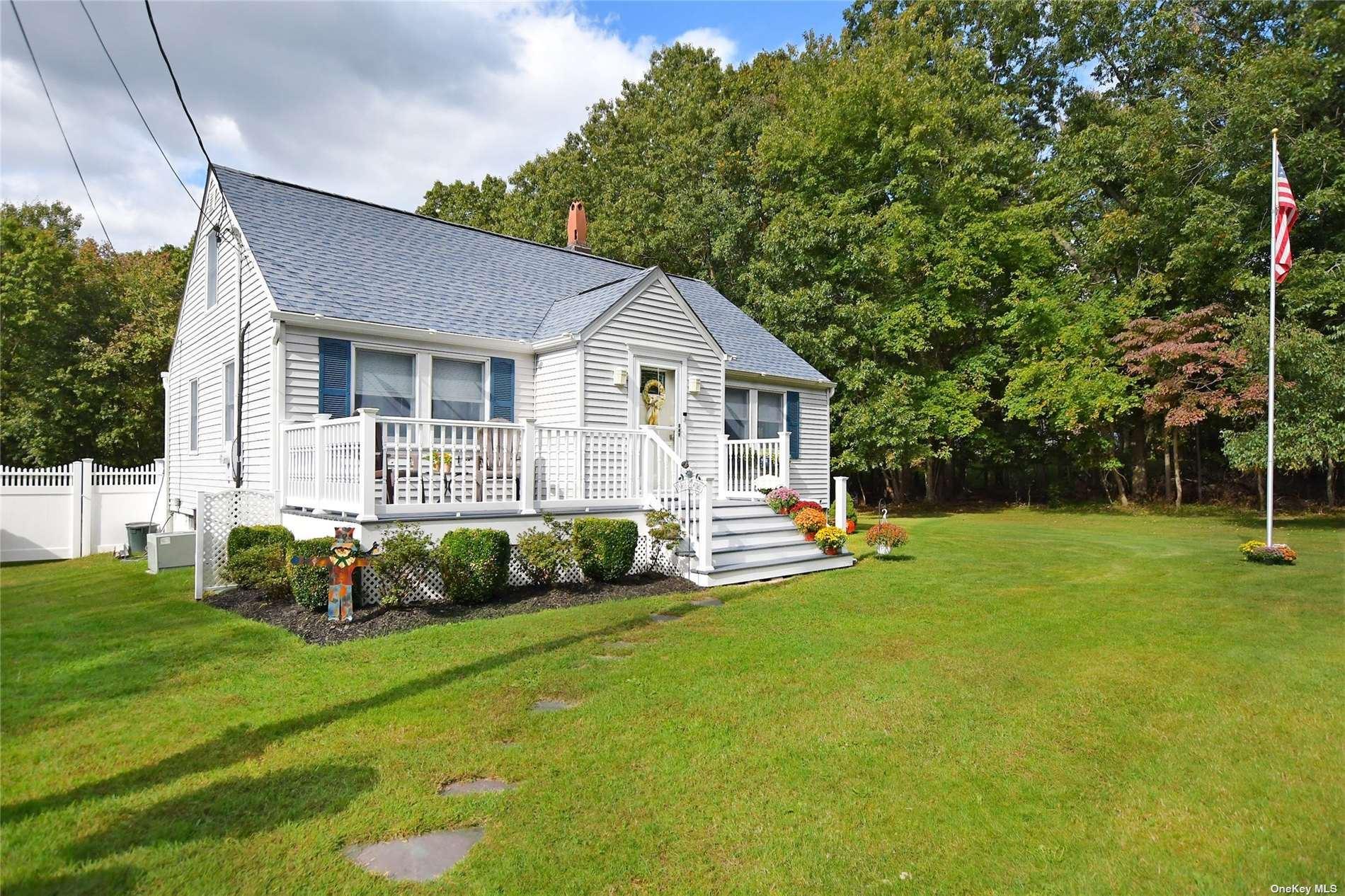 90 Sally Lane, Ridge, NY 11961 - #: 3352545