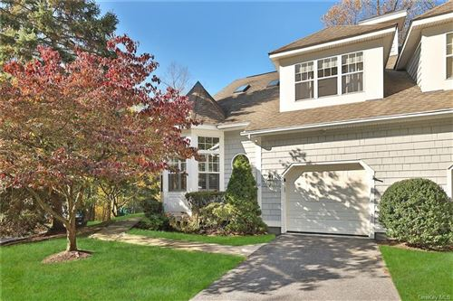 Photo of 11 Pond View Lane, Ossining, NY 10562 (MLS # H6045546)