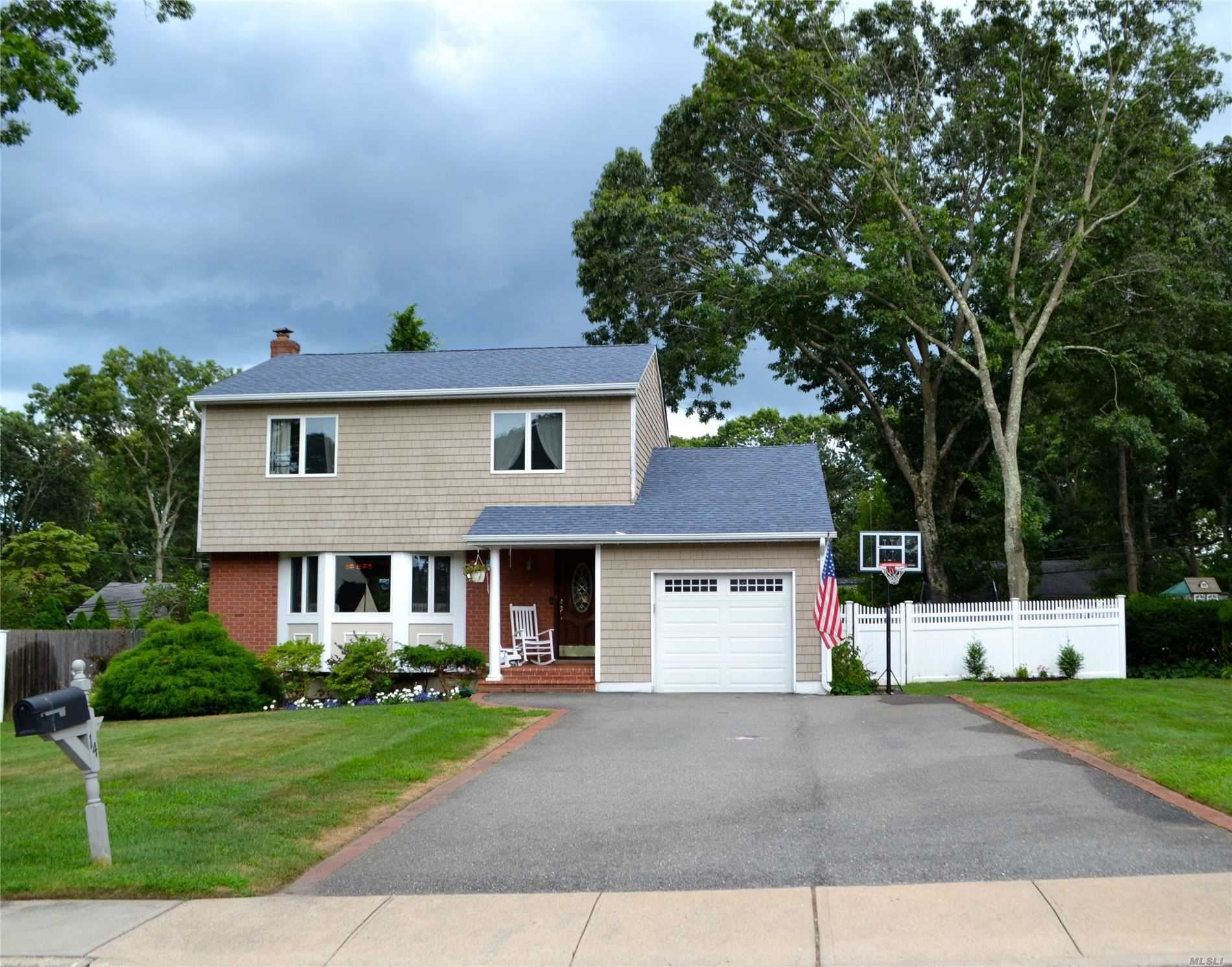 14 Talbot Lane, Smithtown, NY 11787 - MLS#: 3237548