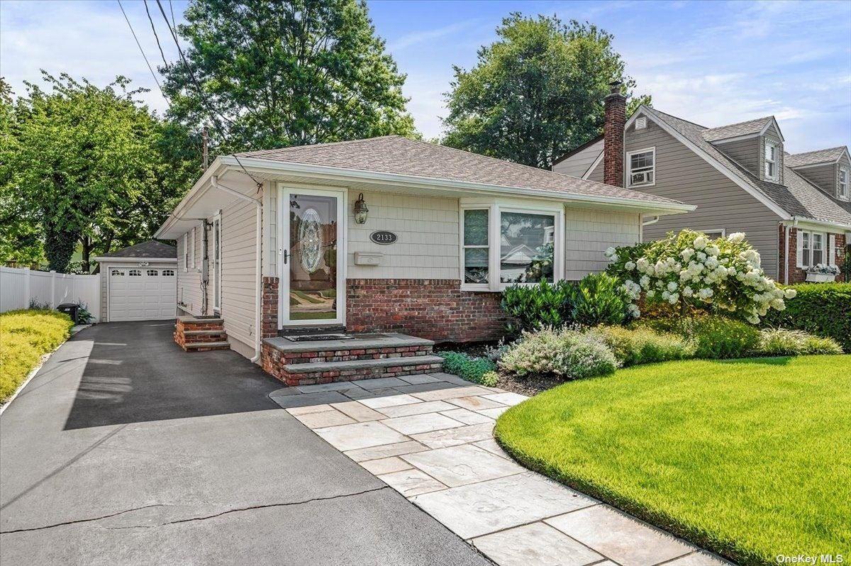 2133 Johnson Place, Bellmore, NY 11710 - MLS#: 3338548