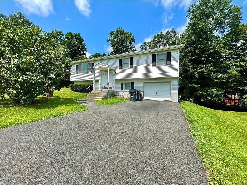 Photo of 318 Aristotle Drive, Maybrook, NY 12543 (MLS # H6133549)