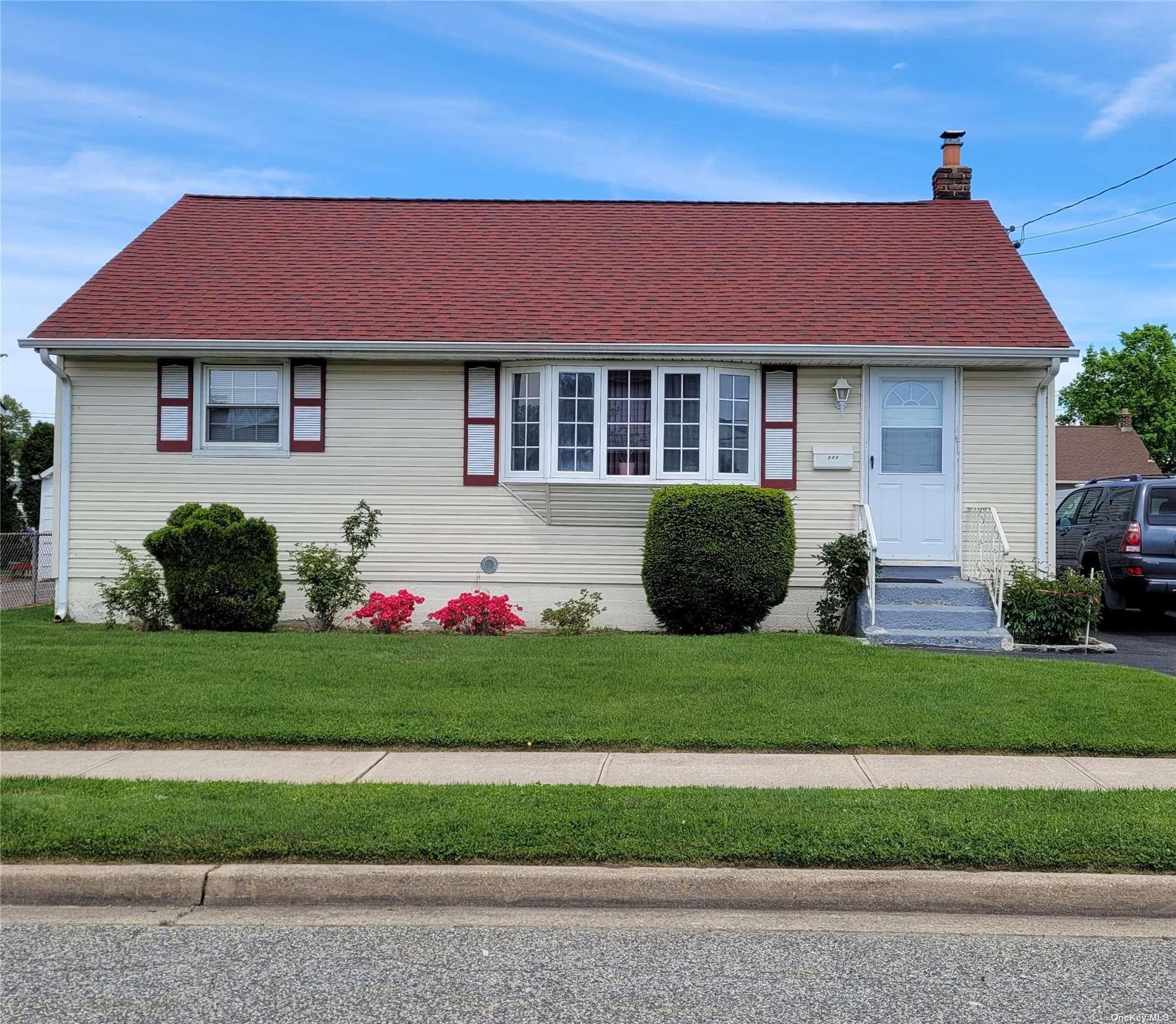 172 Ohio Street, Hicksville, NY 11801 - MLS#: 3311550