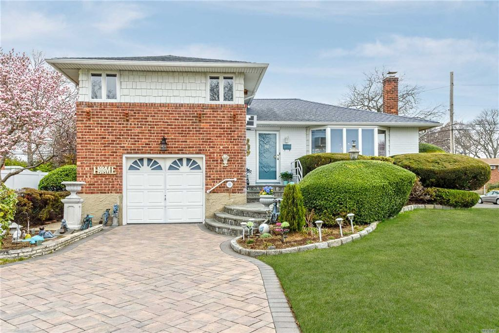 62 Beverly Place, Levittown, NY 11756 - MLS#: 3124551