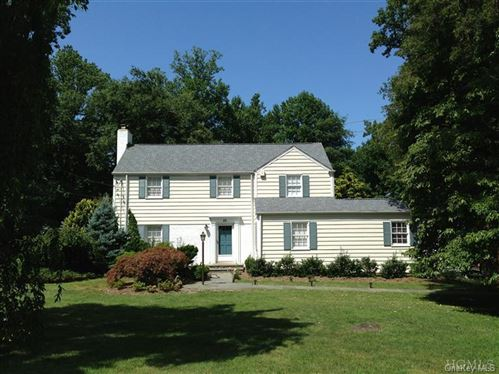 Photo of 25 High Point Lane, Scarsdale, NY 10583 (MLS # H6042552)