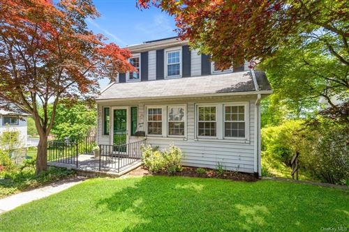 Photo of 25 Pinebrook Road, New Rochelle, NY 10801 (MLS # H6041553)