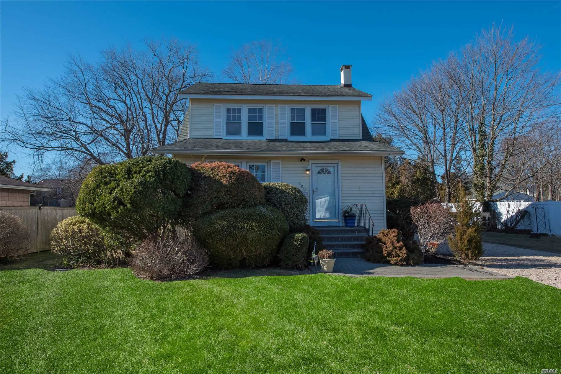 108 Bailey Avenue, Patchogue, NY 11772 - MLS#: 3189553