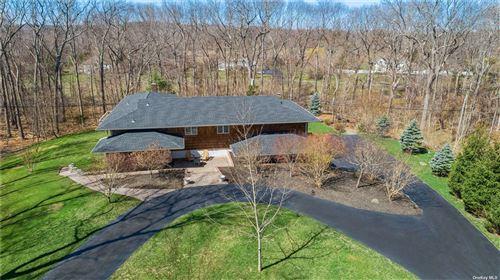 Photo of 4 Hawks Nest, Nissequogue, NY 11780 (MLS # 3303554)