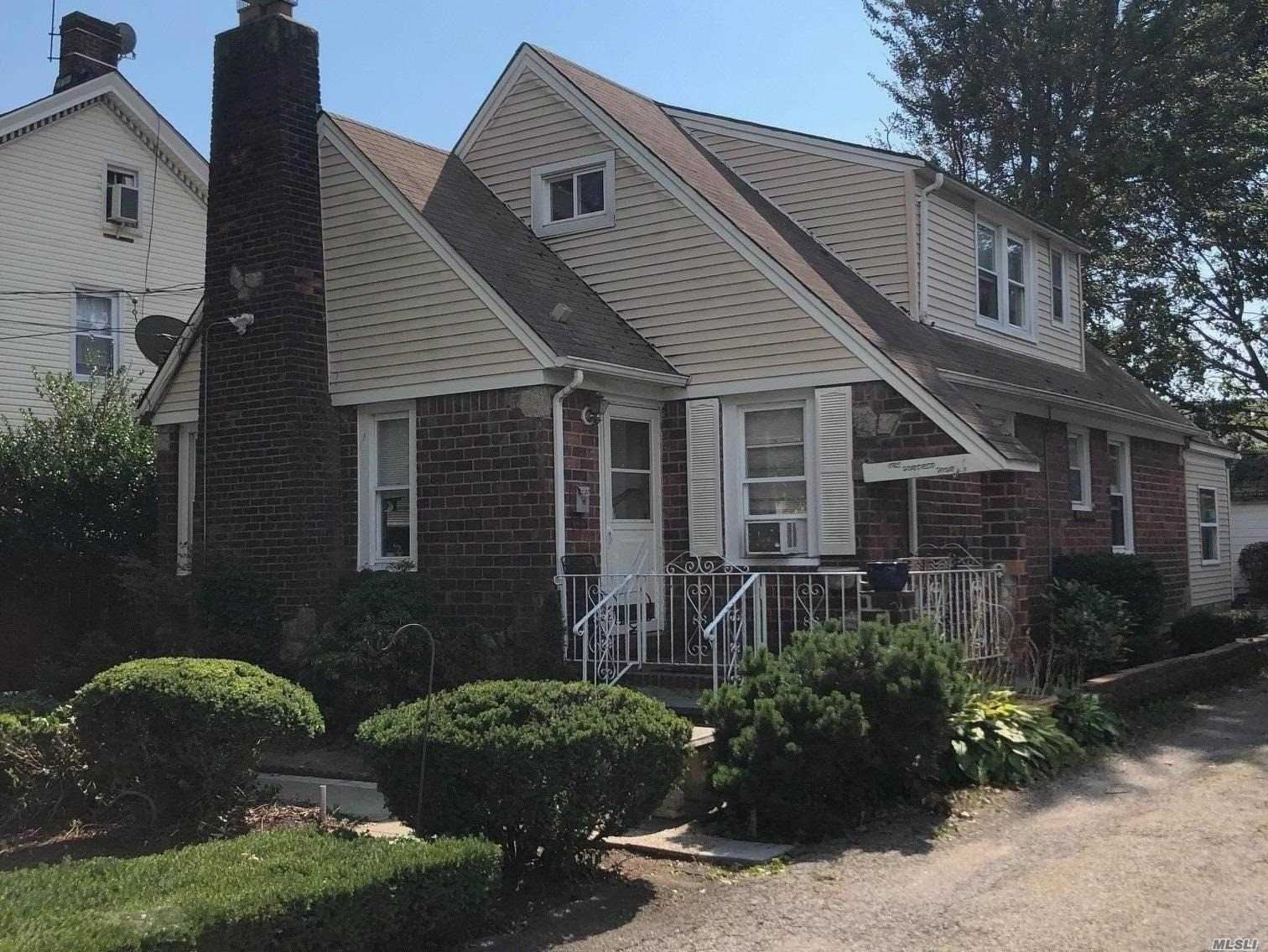 104 William Street, Hempstead, NY 11550 - MLS#: 3245554