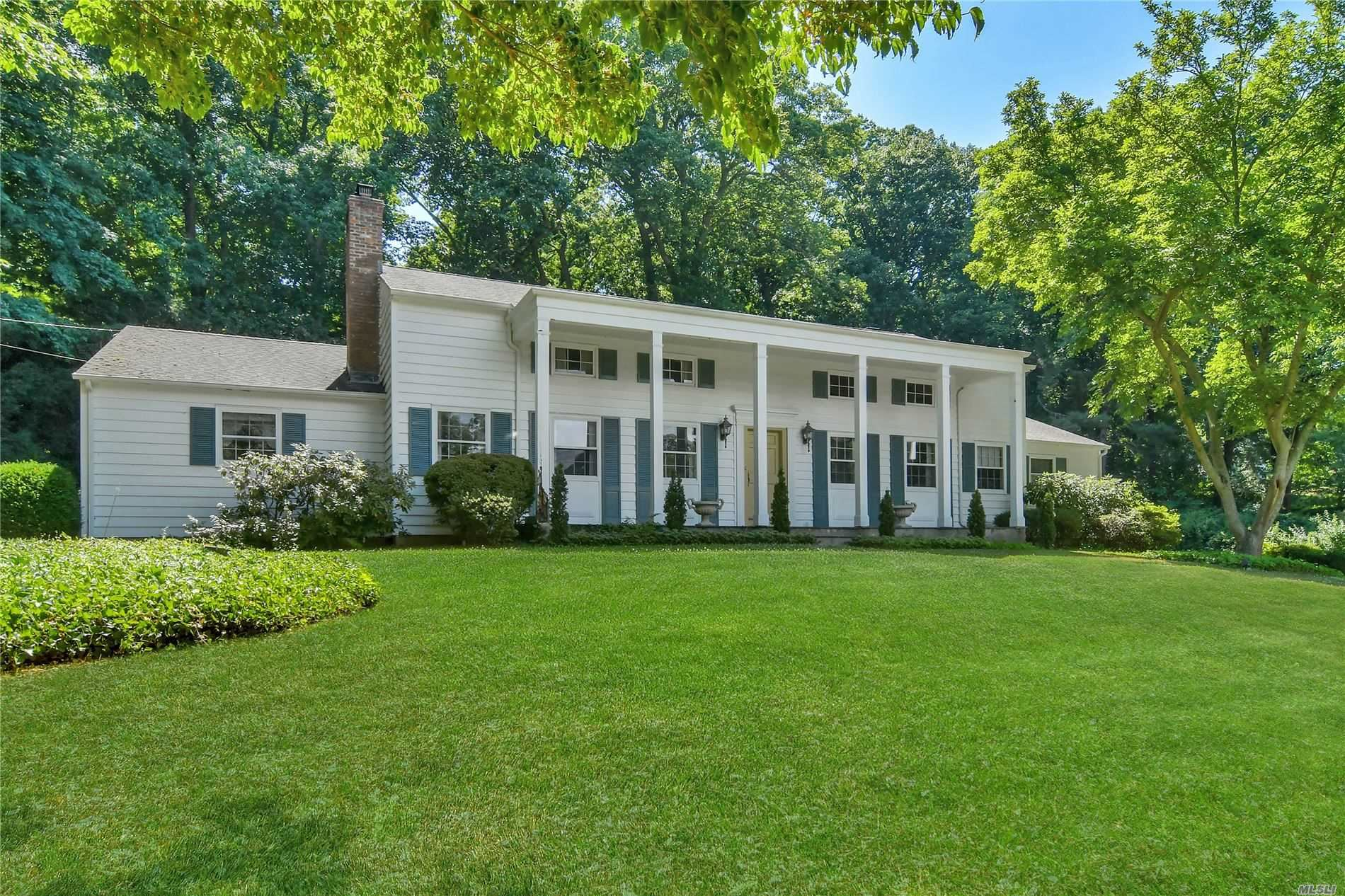 Photo of 148 Factory Pond Road, Mill Neck, NY 11765 (MLS # 3229558)