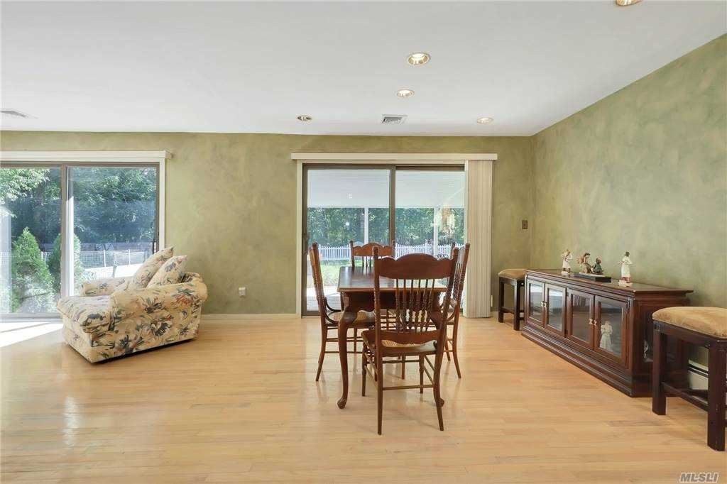 Photo of 5 Circle Place, Speonk, NY 11972 (MLS # 3255559)