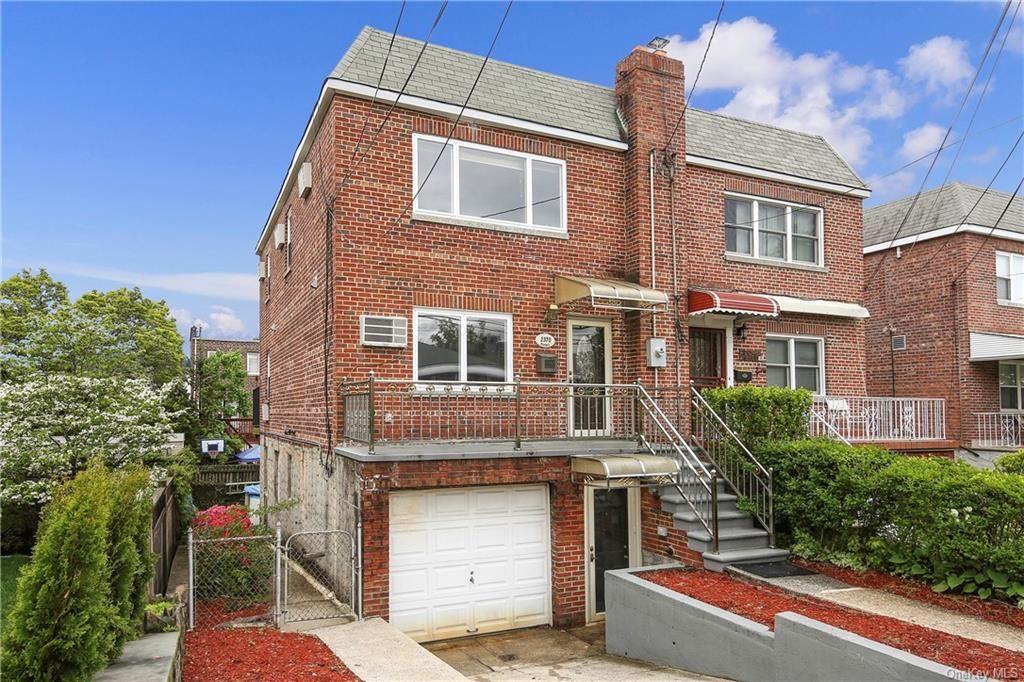 Photo of 2370 Woodhull Avenue, BRONX, NY 10469 (MLS # H6114559)