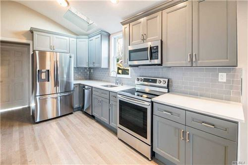 Photo of 26 Highview Avenue, Selden, NY 11784 (MLS # 3275560)