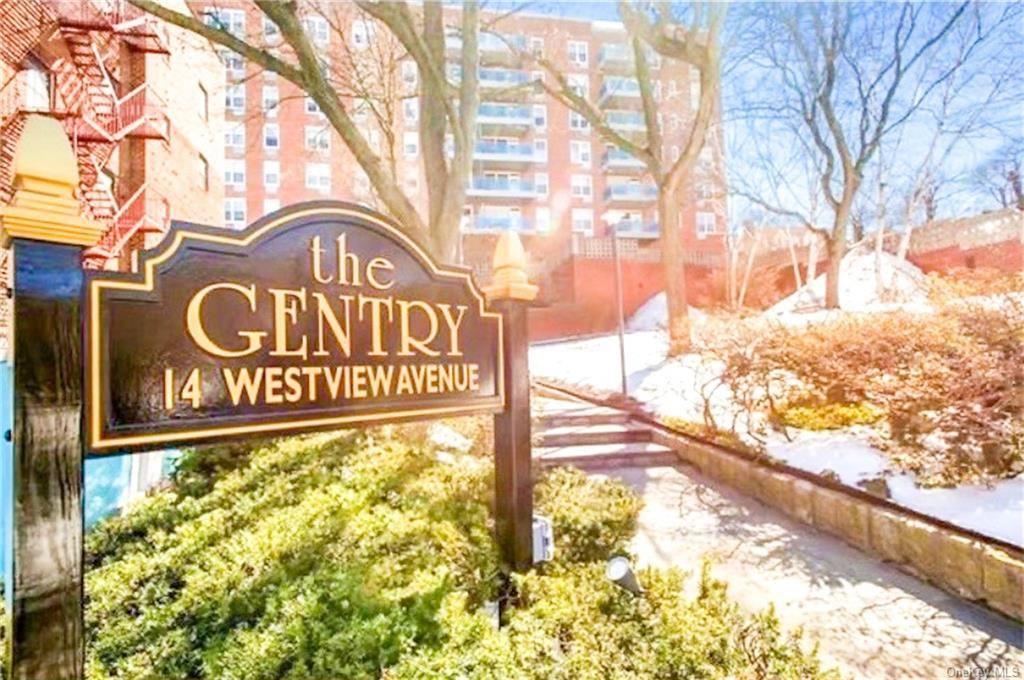 Photo of 14 Westview Avenue #504, Tuckahoe, NY 10707 (MLS # H6113560)