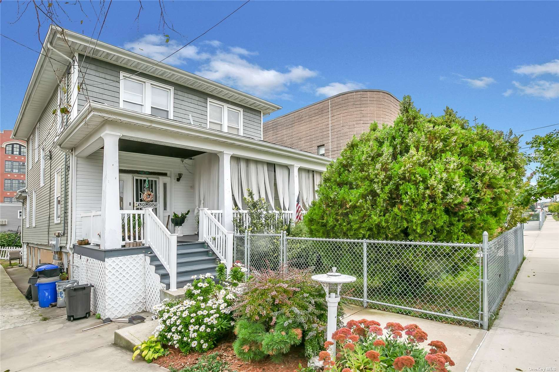 458 Beach 67th Street, Far Rockaway, NY 11692 - MLS#: 3351561