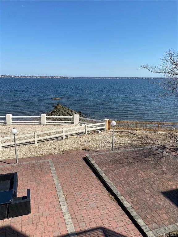 Photo of 1476 Shore Drive, BRONX, NY 10465 (MLS # H6114561)