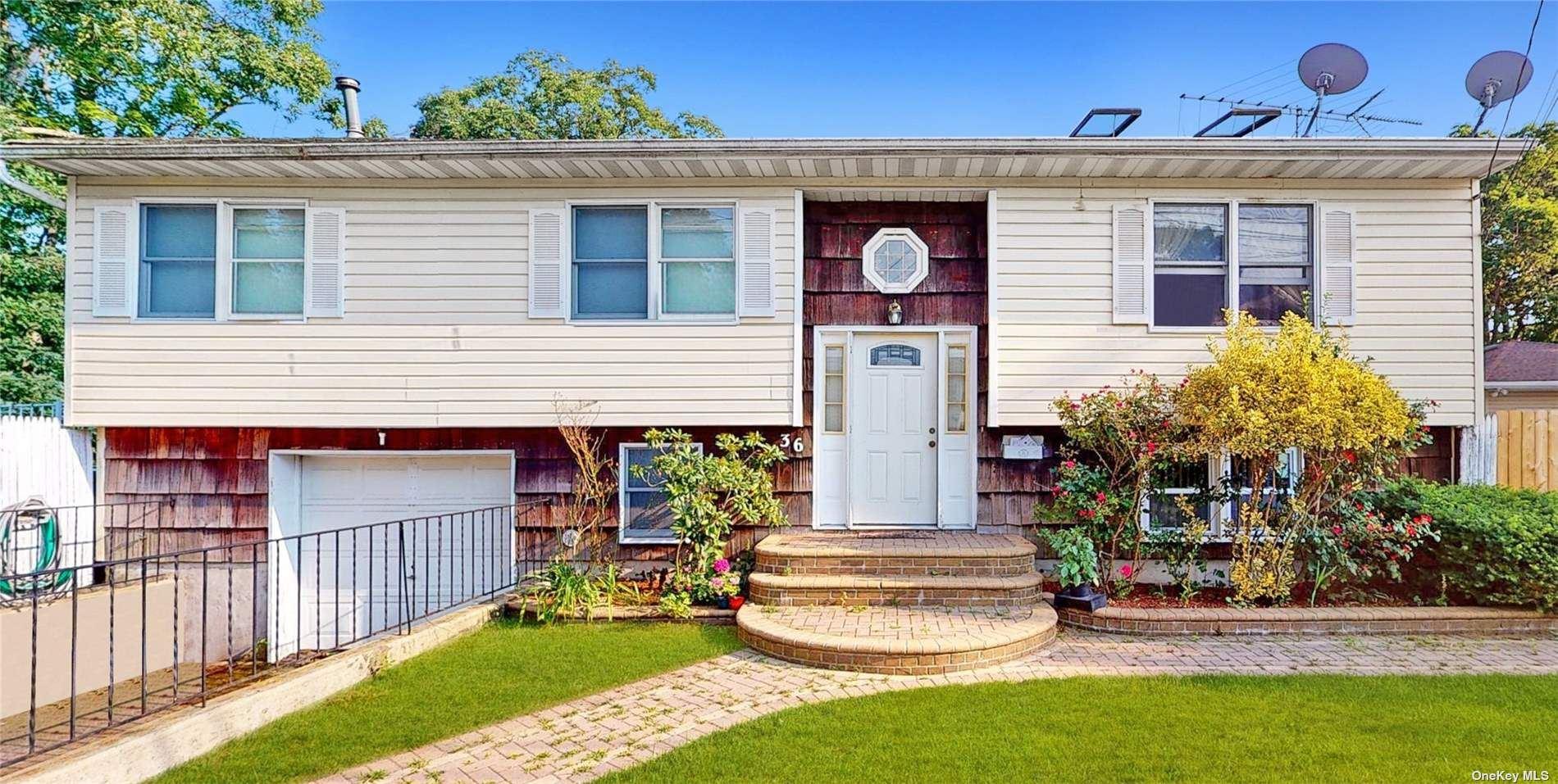 36 Ironwood Street, Islip, NY 11751 - MLS#: 3331562
