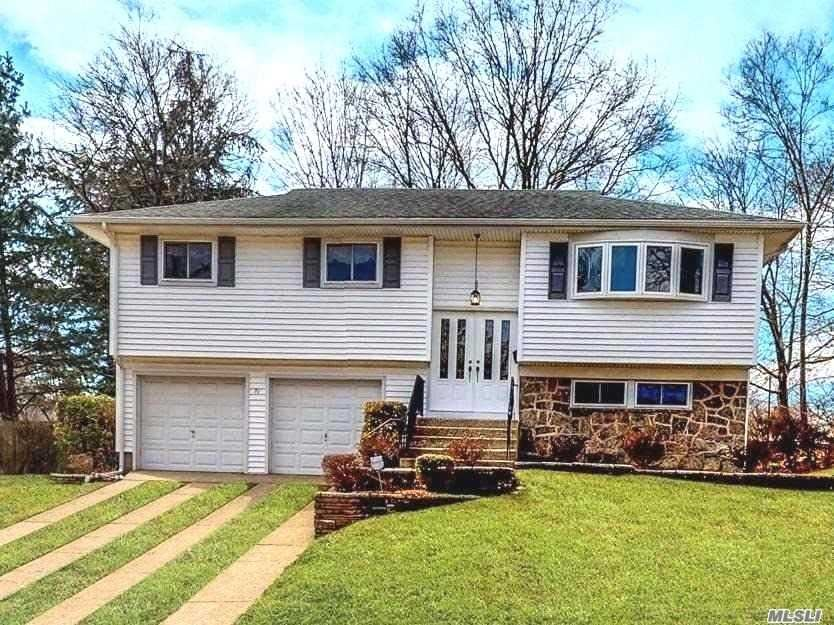 71 Barry Lane, Old Bethpage, NY 11804 - MLS#: 3154565