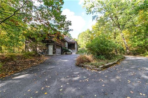 Photo of 16 Deerhill Road, Cold Spring, NY 10516 (MLS # H6073567)