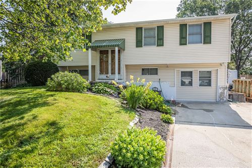 Photo of 17 Biscayne Drive, Selden, NY 11784 (MLS # 3337572)