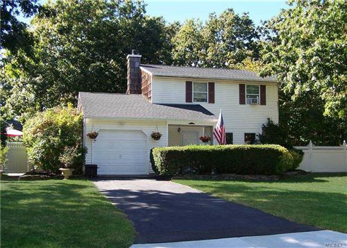Photo of 20 Hope Court, Selden, NY 11784 (MLS # 3259574)