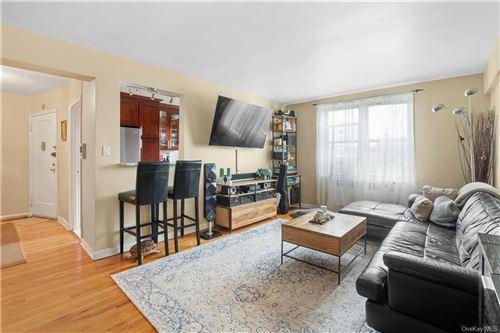 Photo of 5621 Netherland Avenue #6A, BRONX, NY 10471 (MLS # H6092574)