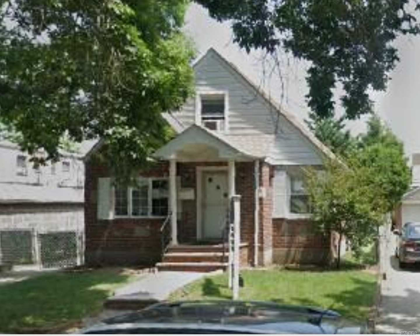 84-11 256th St, Floral Park, NY 11001 - MLS#: 3204576