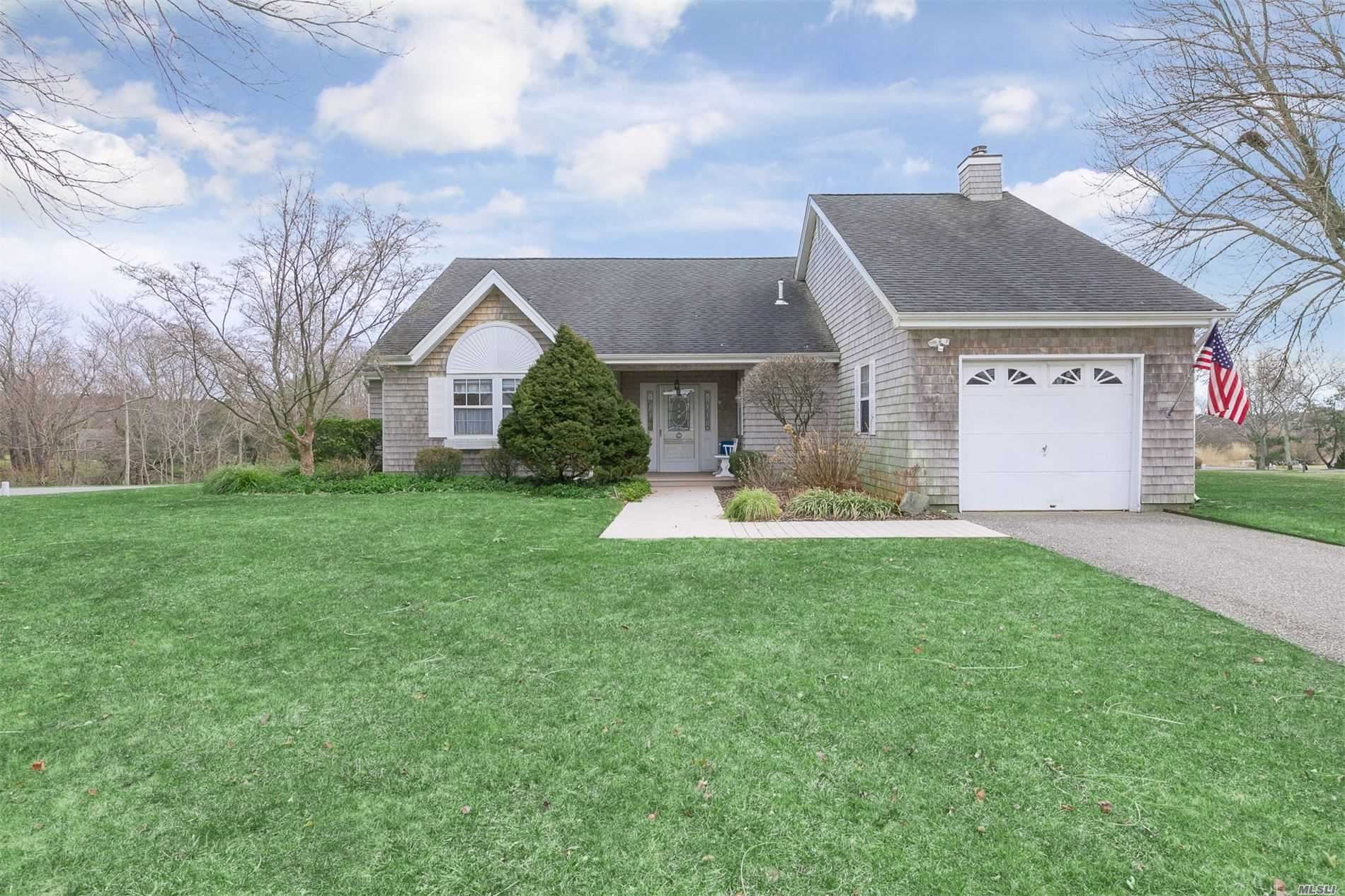 8 Thoroughbred Court, East Moriches, NY 11940 - MLS#: 3206576