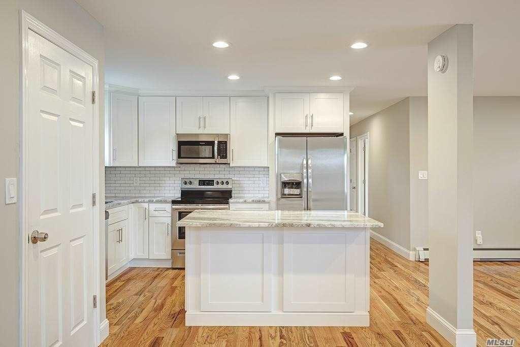 58 Coates Avenue N, Holbrook, NY 11741 - MLS#: 3234576