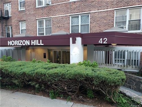 Photo of 42 Pine Street #2D, Yonkers, NY 10701 (MLS # H6114578)