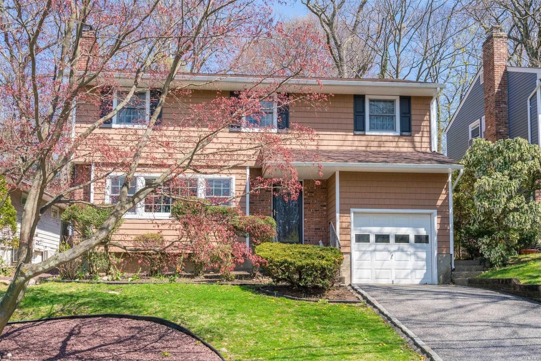 34 Briarwood Drive, Huntington, NY 11743 - MLS#: 3211578