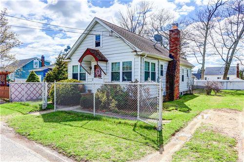 Photo of 307 S 7th Street, Lindenhurst, NY 11757 (MLS # 3303579)