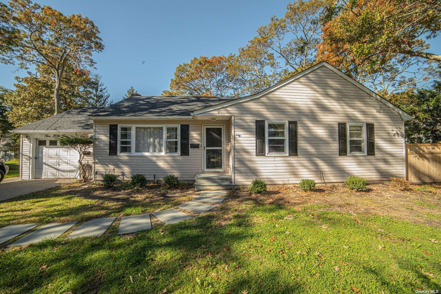 Brightwaters, NY 11718