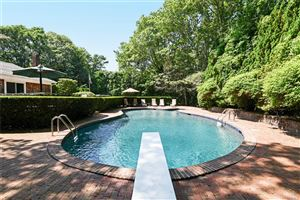 Photo of 18 Deer Path, Quogue, NY 11959 (MLS # 3048580)