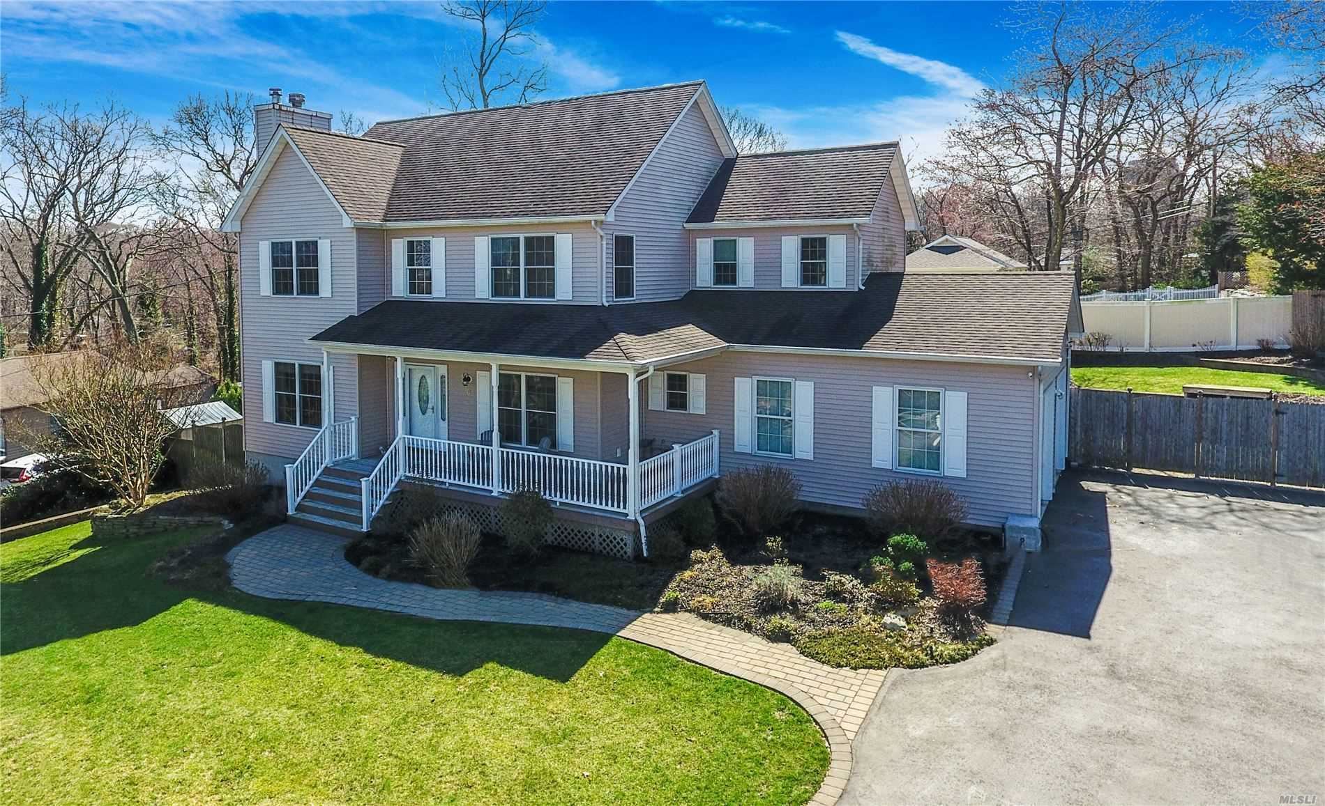 6 Greenlawn Rd, Sound Beach, NY 11789 - MLS#: 3210581